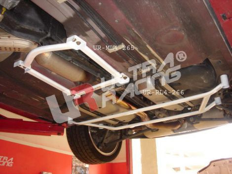 UltraRacing 4-Point Mid Lower Strutbar/Brace Mazda RX-8