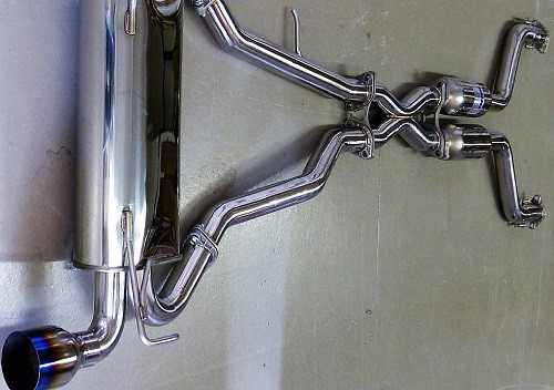 """INVIDIA """"Q300"""" Abgasanlage für Nissan 350Z Z33 02-09"""